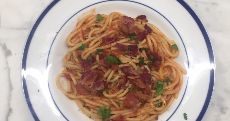 Pasta with Tomato, Onion and Bacon